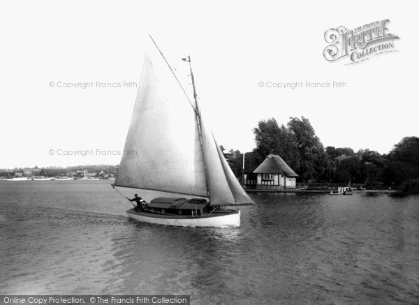 The Broads, Yachting c.1945