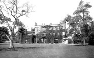 Trowbridge, Rood Ashton House 1900