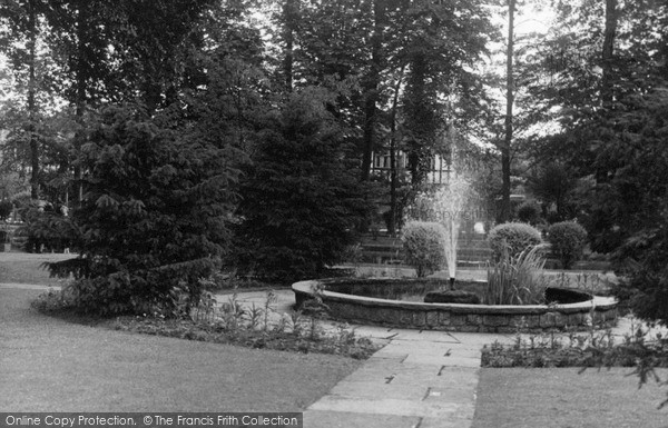 Wallington, Elm Grove Gardens c.1955