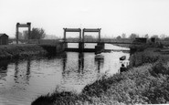 Photo of Waterbeach, the Locks c1965
