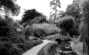 Wellingborough, Croyland Hall Gardens c.1965