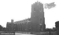 Wellingborough, St Mary's Church c.1955