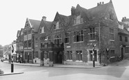 Wellingborough, The Hind Hotel And Sheep Street c.1955