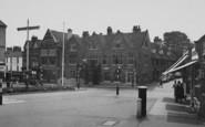 Wellingborough, The Hind Hotel c.1955