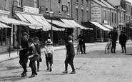 Photo of Wellington, Boys in South Street 1907