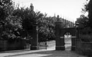 Wellington, Chapel From School Gates c.1950