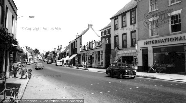Wellington, High Street c.1960
