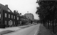 Welwyn Garden City, Parkway c.1965