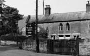Weston Under Penyard, Weston Cross Inn c.1955