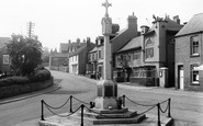 Photo of Whitwell, Memorial and Hiigh Street c1960