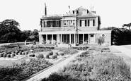 Wimbledon, Cannizaro House c.1960