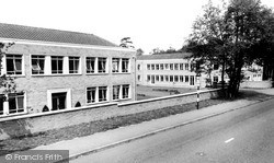 Woking, Girl's Grammar School c1960