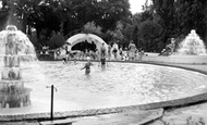 Wokingham, Martin's Swimming Pool c1955