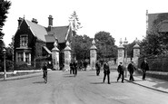 Woodford Bridge, Claybury Mental Hospital Entrance 1921