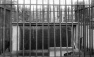 Wrexham, The Tomb Of Eliugh Yale 1895
