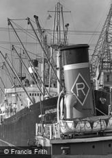 Cardiff, Docks c1962