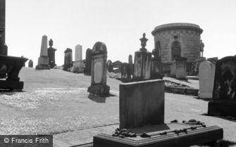 Edinburgh, Calton Cemetery c1960