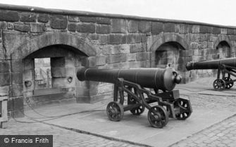 Edinburgh, Castle, the Canons c1960