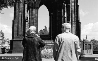 Edinburgh, the Scott Monument c1960