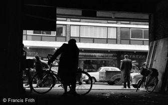 Farnborough, Queensmead Shopping Centre 1962