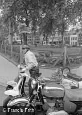Hoxton, 1965