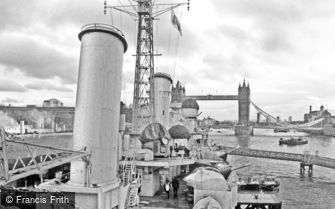 London, view of Tower Bridge from the HMS Belfast 2012