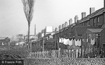Oldbury, Back Gardens and Factories 1964