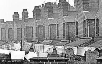 Oldbury, Back Yard 1964