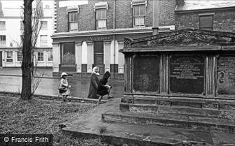 Oldbury, Birmingham Street 1964