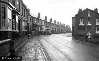 Oldbury, Farm Road, Langley 1964