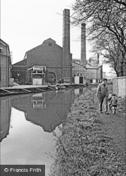 Father And Sons By The Canal 1964, Oldbury