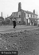 Oldbury, Oddfellows Arms 1964