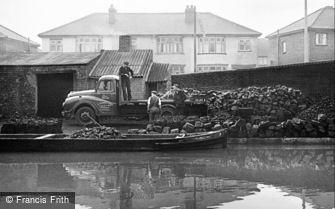 Oldbury, Slades Coal Yard 1964