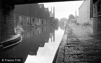 Oldbury, the Canal 1964