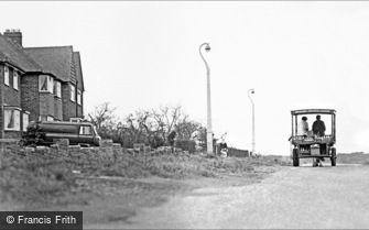 Streetly, Horse-drawn Milk Float, Doe Bank Lane 1964