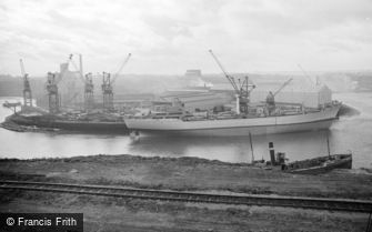 Sunderland, the Shipyards 1966