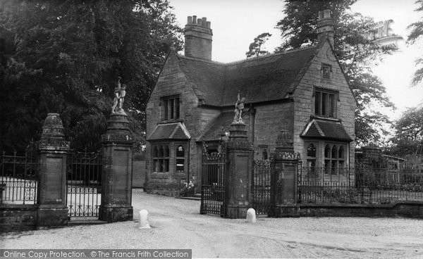 Photo of Abberley, Gates To The Hall c.1955