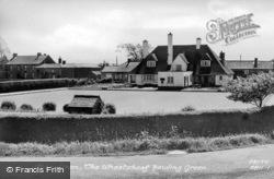 The Wheatsheaf Bowling Green c.1965, Abbeytown