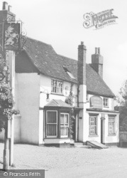 Abbots Langley, The Unicorn c.1955