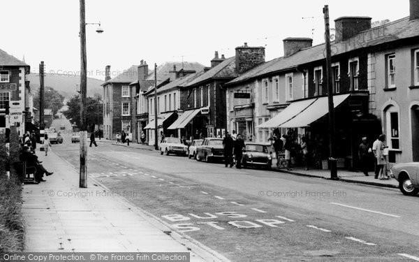 Photo of Aberaeron, Alban Square c.1965