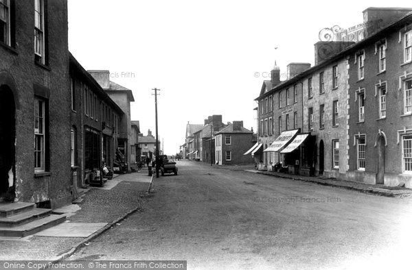 Photo of Aberaeron, Market Street c.1925