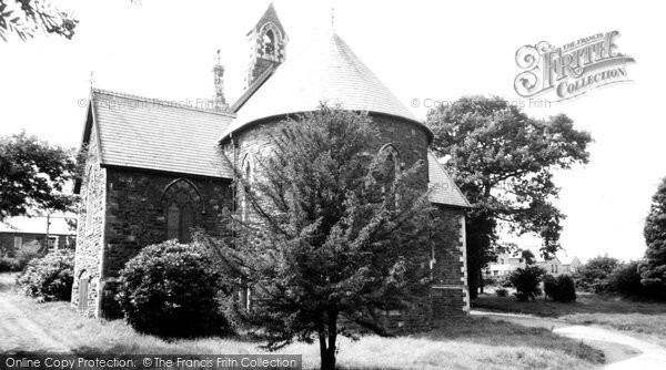 Photo of Aberaman, St Margaret's Church c1964