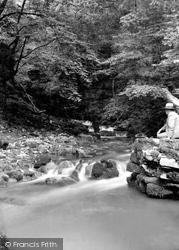 Abercraf, Dan-Yr-Ogof Caves 1937