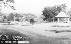 Aberdare, Bandstand And Lake c.1965