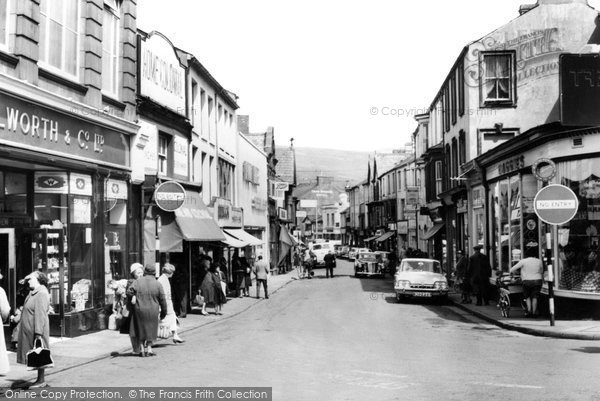 Photo of Aberdare, Commercial Street c.1965