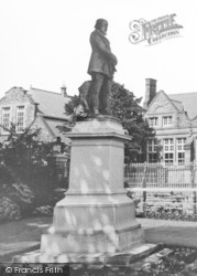Aberdare, Lord Merthyr Statue In The Park c.1965