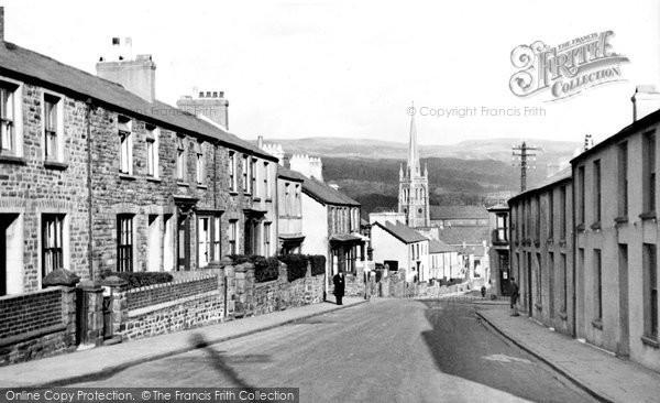Photo of Aberdare, Monk Street And St Elvan's Church c.1955