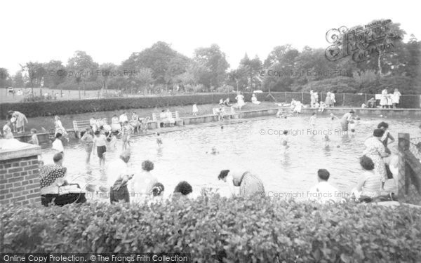 Photo of Aberdare, Park, Paddling Pool c.1960