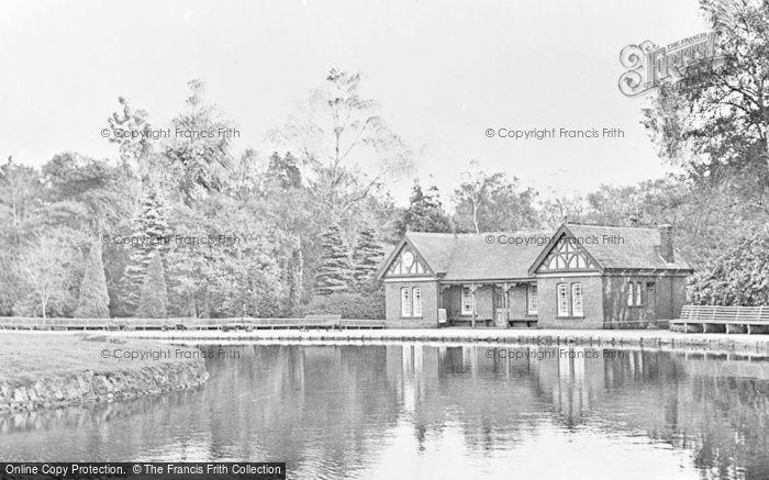 Photo of Aberdare, Park, The Lake c.1955