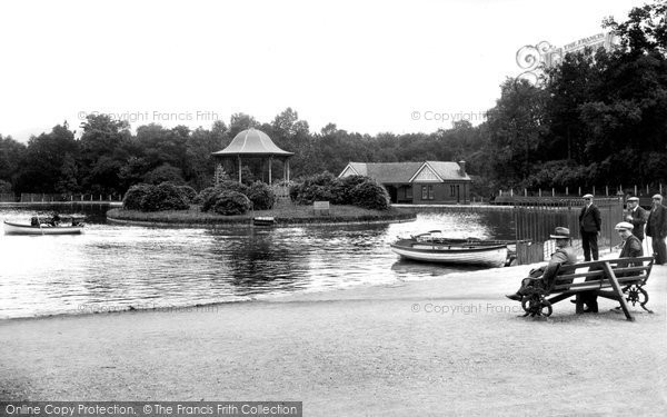 Photo of Aberdare, the Park Lake 1937